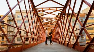 Pareja enamorada en Pre-boda en Girona