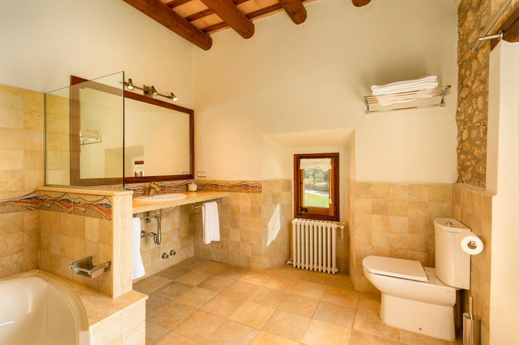 Baño habitación grande en Mas Terrats