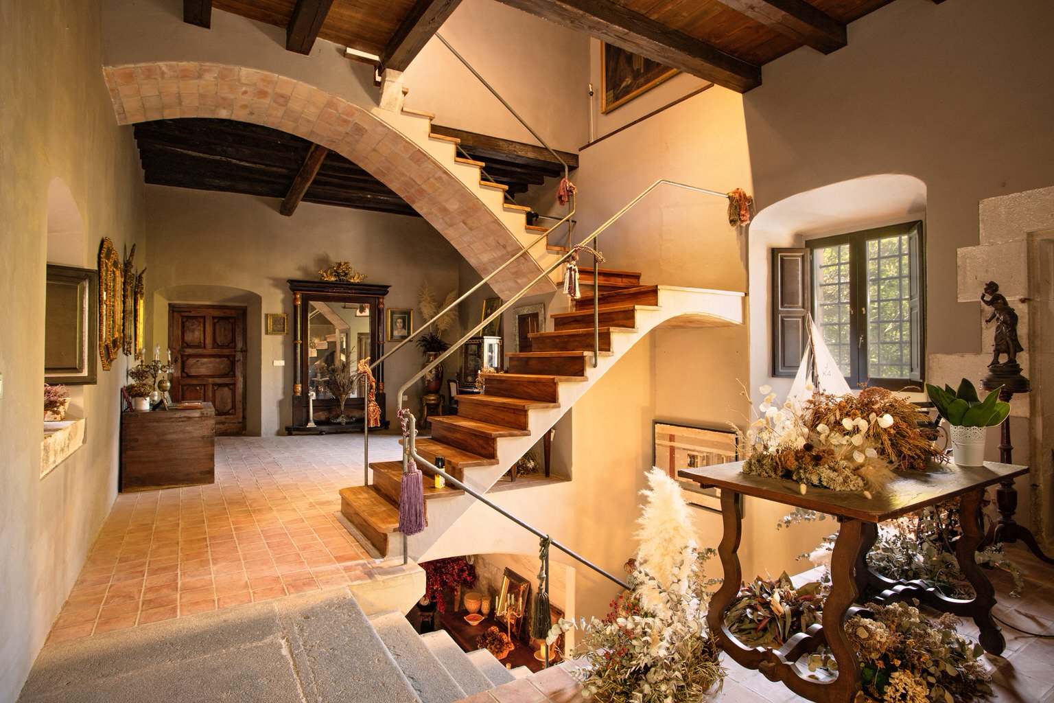Interior Cortal Gran castillo para boda en la Costa Brava
