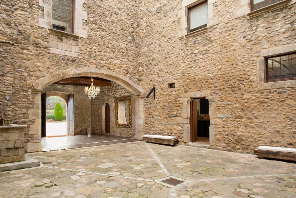 Pati d'armes Castell de sant gregori