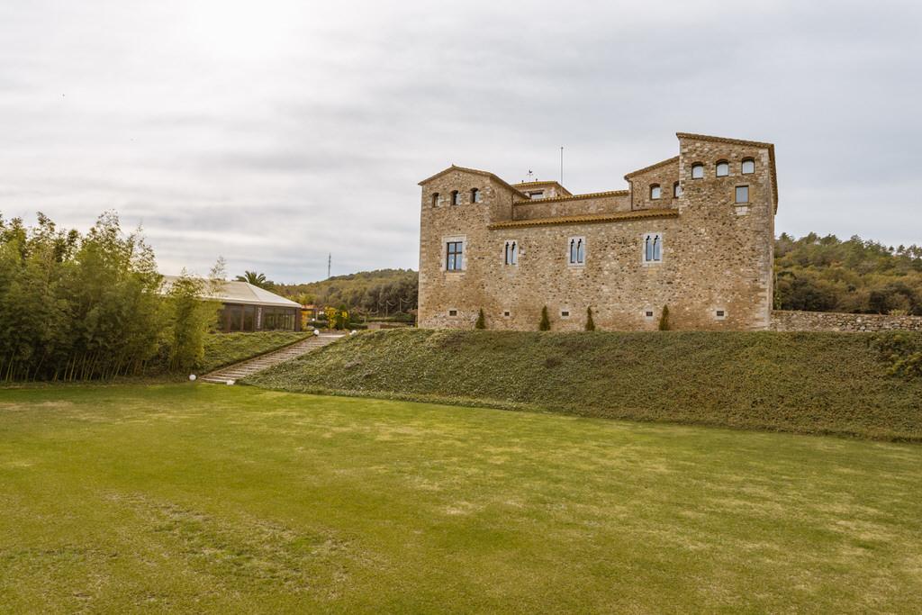 aparcamiento invitados de boda en castell de sant gregori